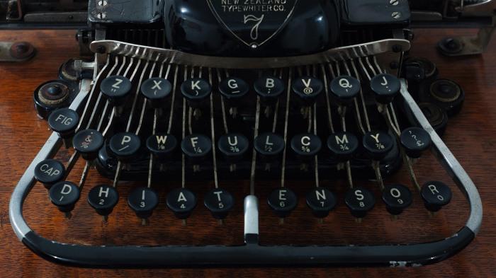 Scientific Keyboard - AKA DHIATENSOR keyboard.