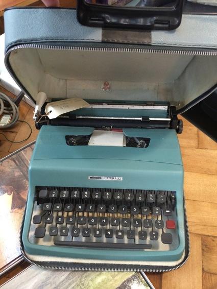 Olivetti Lettera 32 - $98.