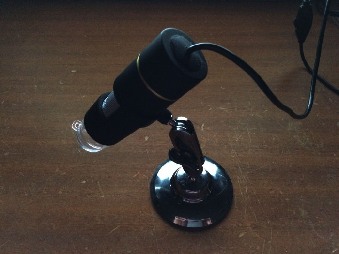 My new 'cool tool', a USB connected microscope.